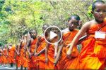 PHRA THUDONG (พระธุดงค์) – Mniši na cestách